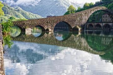 Tour di mezza giornata della Garfagnana e di Barga in minivan da Lucca