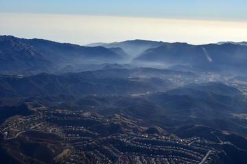 Rundflug über Hollywood City und...