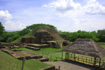 Excursión arqueológica privada: Ruinas mayas de El Salvador incluida...