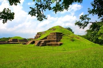 Excursión durante la escala en San Salvador: Ruta maya incluido Joya...