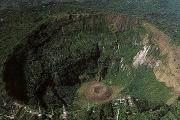 Santa Tecla y Parque Nacional El Boquerón desde San Salvador