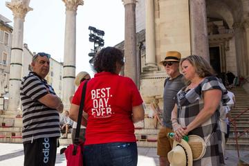 Split: War and History Walking Tour with Picnic