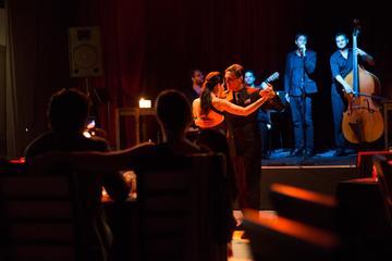 Show We are Tango em Buenos Aires com cadeira na primeira fila
