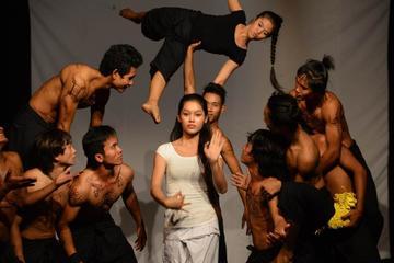 Phare: lo spettacolo del circo cambogiano a Siem Reap