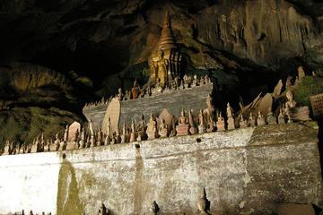 Excursion d'une journée aux grottes de Pak Ou et cascades de Kuang Si