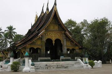 Excursion guidée d'une journée complète à Luang Prabang