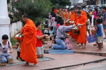 Morning Almsgiving and Market Tour in Luang Prabang