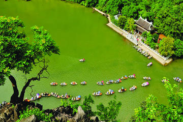 Ninh Binh and Hoa Lu Acient Citadel with Optional Biking