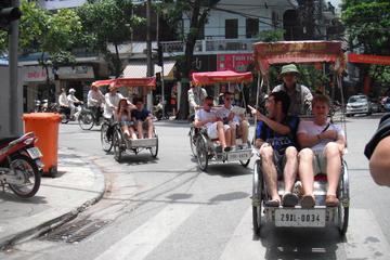 Tour privado: Tour por la ciudad de Hanoi incluido un espectáculo de...