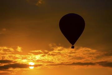 Passeio de balão de ar quente em...