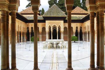 Tour a piedi di Granada con visite all'Alhambra, Albaicín e Sacromonte
