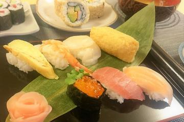 Homemade Sushi Class in Tokyo