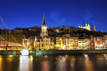 Lyon by Night: Electric Bike Tour with Food Tastin