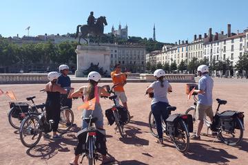 Visite de Lyon d'une heure et demie en petit groupe à vélo électrique