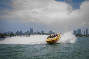 Paseo en lancha motora por Miami para adictos a la adrenalina