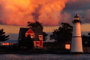 Book 2-Hour St Lawrence River Sunset Cruise from Clayton on Viator
