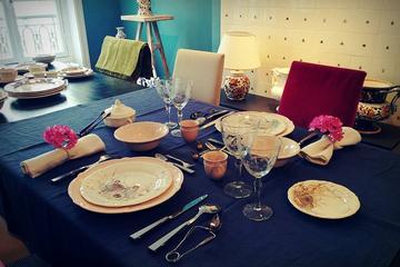 パリでのフレンチ テーブル設定とマナー ワーク…