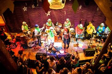 Evite las colas: Club nocturno Rio Scenarium con mesa privada