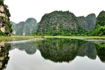 Private Tour: Tagesausflug nach Ninh Binh ab Hanoi