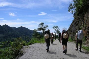 Tour de senderismo privado de 2 días: Mai Chau a Pu Luong desde Hanoi...