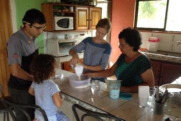 Clase de cocina con una familia costarricense local