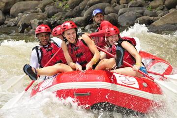 Recorrido en rafting por el río Balsa desde La Fortuna