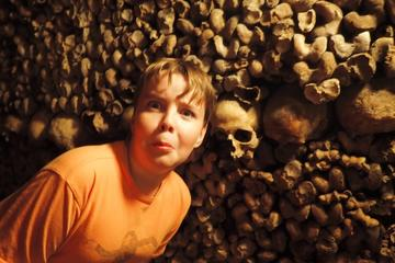 Catacombs of Paris: Family or Friends Skip-the-line Private Tour 2018