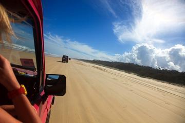 Visite 2jours de l'île Fraser en 4X4 Tag-Along Tour depuis Hervey Bay