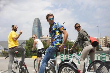 Tour di Barcellona in bici elettrica, con visita a Montjuïc in