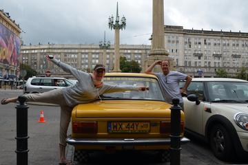 Excursão privada: História Comunista de Varsóvia de Fiat retrô