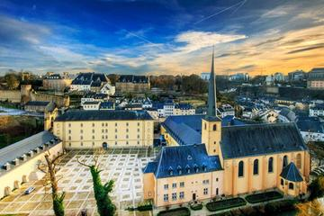 Spanish Guided Luxembourg Tour from Brussels