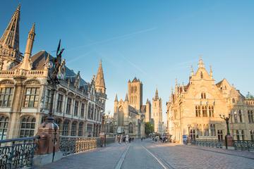 Visita histórica a pie por Gante con un guía que habla español