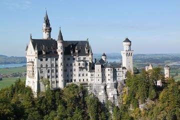 Private Tour to Neuschwanstein Castle, Linderhof Palace, Ettal  & Oberammergau