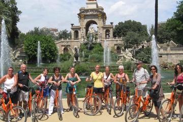 Excursão de bicicleta pelos destaques de Barcelona