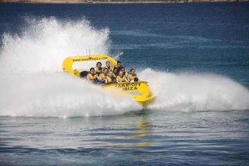Experiencia en lancha motora de 360 grados en Ibiza