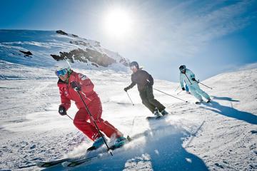 Forfait de location de skis ou de snowboard depuis Interlaken