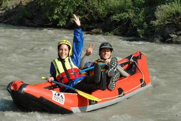 Rafting en eaux vives en tandem sur la rivière Lütschine au départ...