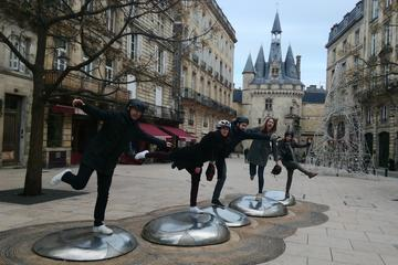 Bordeaux Treasure Hunt With Geolocalizated Tablet