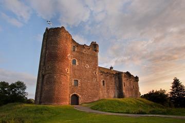 Viagem diurna para grupo pequeno aos lochs e castelos de West...