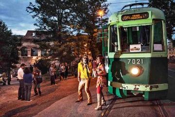 Stadtbesichtigung Rom mit einer alten Straßenbahn inklusive Wein