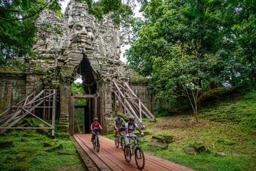 Excursion en vélo aux temples d'Angkor au départ de Siem Reap