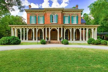 Oaklands Mansion Tour