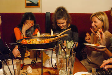 ST PETERSBURG FOOD AND PARTY EVENING TOUR