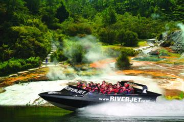 Merveilles géothermiques de Rotorua et sortie en jet boat sur le...