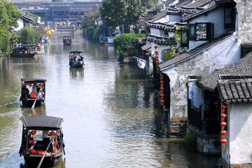 Suzhou Private Essence Tour of Rickshaw Ride and Grand Canal Ride