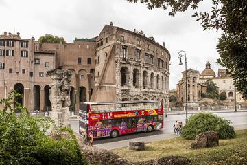 Rom Hop-on-Hop-off-Tour mit Pass zur Nutzung des öffentlichen...