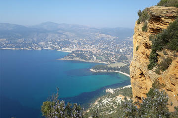 Marseille Shore Excursion: Private Tour in Aix-en-Provence and Cassis Creeks