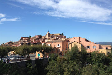 Small-Group Provence Discovery Tour from Marseille