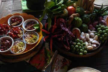 3-Night Cooking and Yoga Retreat Tour from Chiang Mai