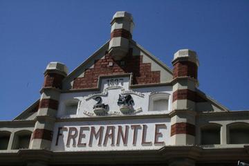 Spaziergang mit Erläuterungen zur Geschichte von Fremantle, in...